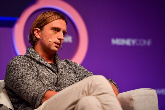 Fast-growing digital bank Revolut triples valuation to $5.5 billion featured image