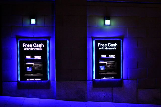 FREE CASH WITHDRAWALS.. featured image