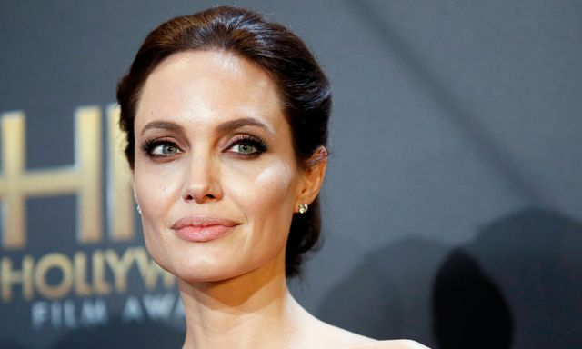 Angelina Jolie to direct Captain Marvel? featured image