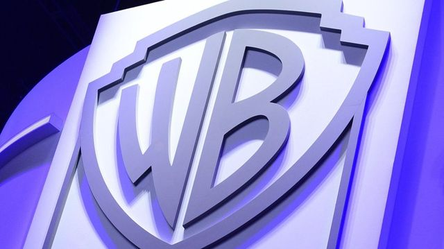 Warner Brothers reports its own site as illegal featured image