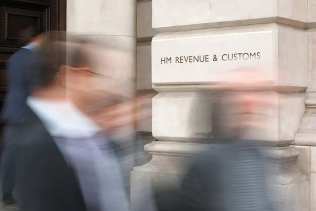 Cleaning the laundry: HMRC issues record fines for anti-money laundering failures featured image