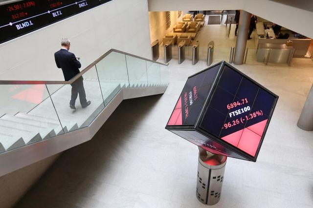 LSE, Deutsche Boerse Do 'Street Sweep' to Hinder Rivals featured image