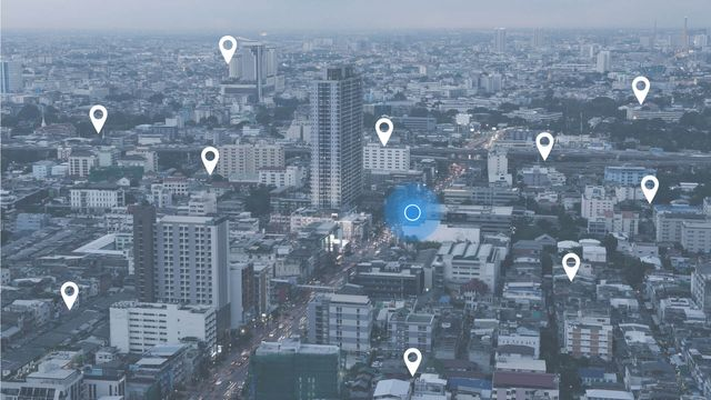 Google says we don't need no stinking location modifiers… or do we? featured image