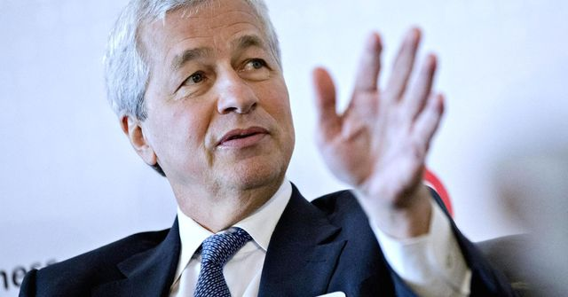 Jamie Dimon says bitcoin is a fraud featured image