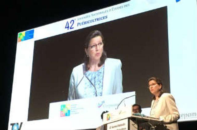 VIDEO - Agnès Buzyn la ministre qui parle à l'oreille des puer ! featured image
