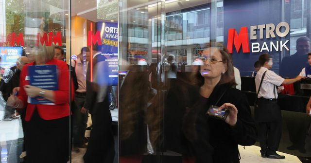 British Lender Metro Bank Rises 4 Percent in London Debut featured image