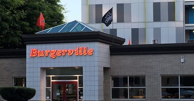 Giant Data Breach Slams Burgerville, Compromising Customers' Card Information featured image