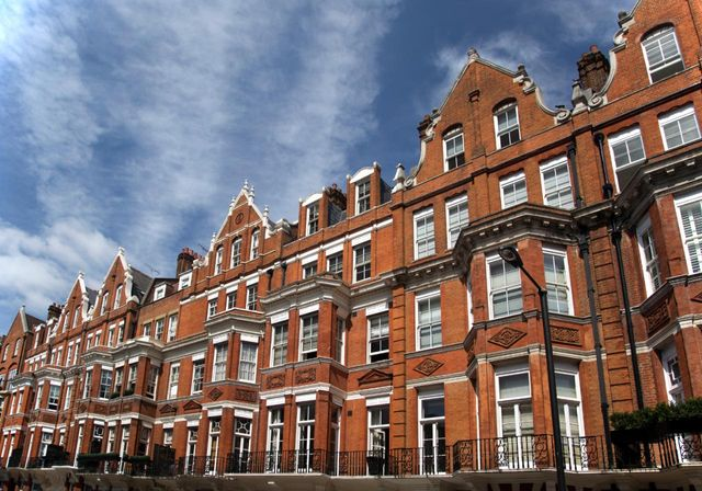 Are predicted price reductions of 50% for Prime Real Estate in London realistic? featured image