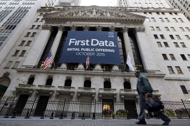 First Data Opens Only 2.4% Up and Closes Below IPO Price featured image