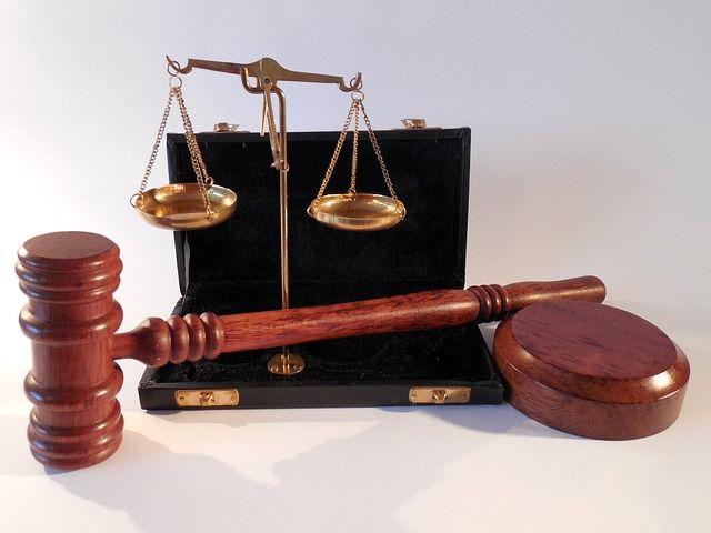 Balancing duties in litigation - SRA report featured image