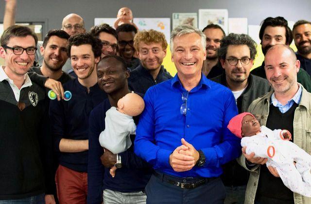 Paris : des ateliers gratuits pour apprendre à devenir père featured image