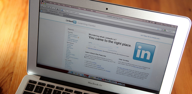 Is LinkedIn starting to become the 'Professional Facebook'? featured image