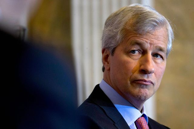 Dimon Says JPMorgan Plans Service With Peer-to-Peer Lender featured image