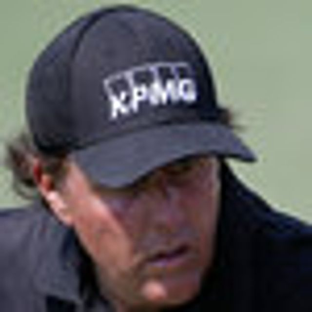 Pro golfer, Phil Mickelson's role in an insider trading scandal with Carl Icahn appears to be overstated featured image