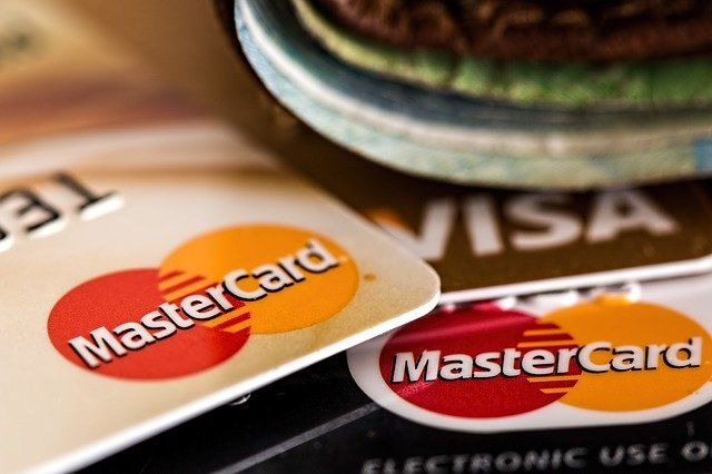 Contactless payments increased, whilst Confirmation of Payee: Delayed? featured image