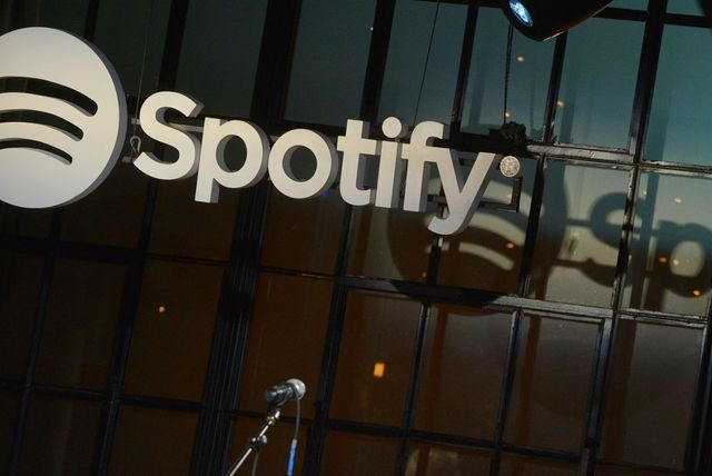 SEC Is Studying Spotify's Plan to Bypass IPO in NYSE Listing featured image