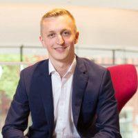 Aaron Grant, Associate, Baker McKenzie