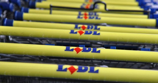 Lidl lets customers set their own prices through Twitter featured image