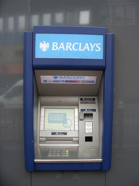Barclays warns of ATM scam featured image