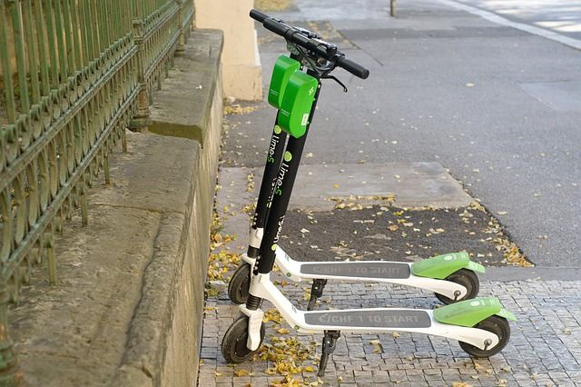 How Lime Scooters Can Get People Talking About Tech featured image