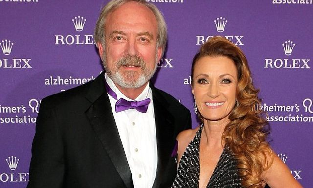 Jane Seymour finalises her divorce from actor James Keach after 22 years of marriage featured image